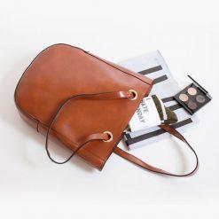 Купить вместительную женскую сумку из кожи (артикул  200) в Бишкеке ae9c421ca49
